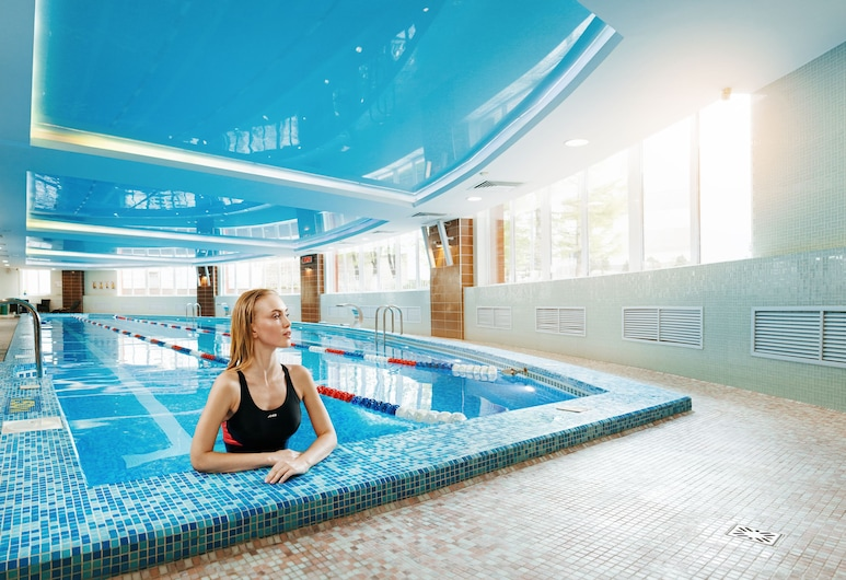 Grand Hotel OKA BUSINESS, Νίζνι Νόβγκοροντ, Πισίνα