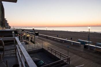 Picture of Safari Motel Boardwalk in Ocean City