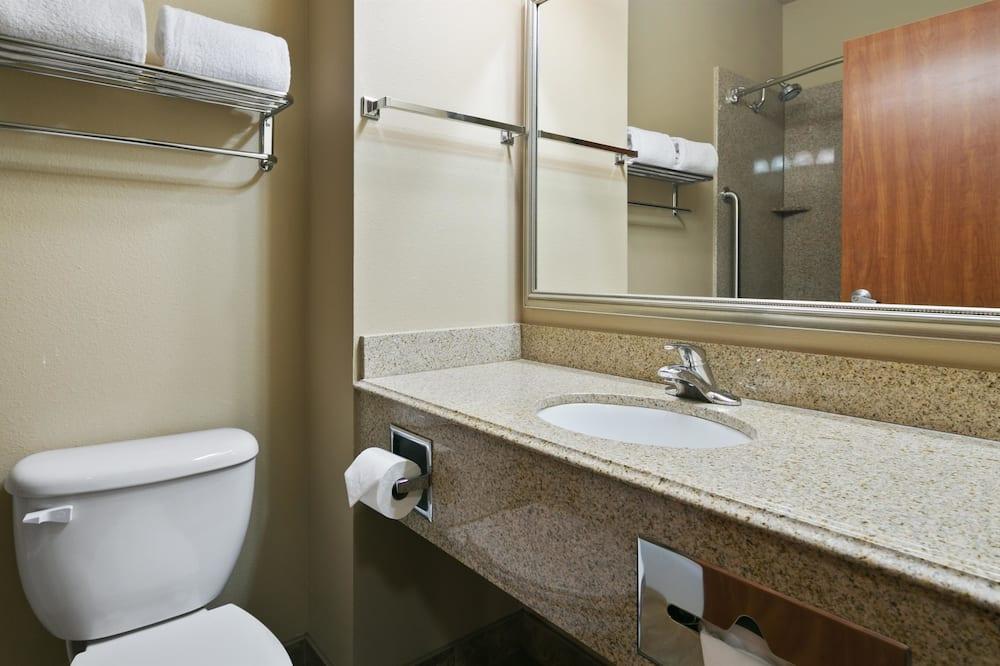 Standaard kamer, 1 kingsize bed, niet-roken, koelkast & magnetron - Badkamer