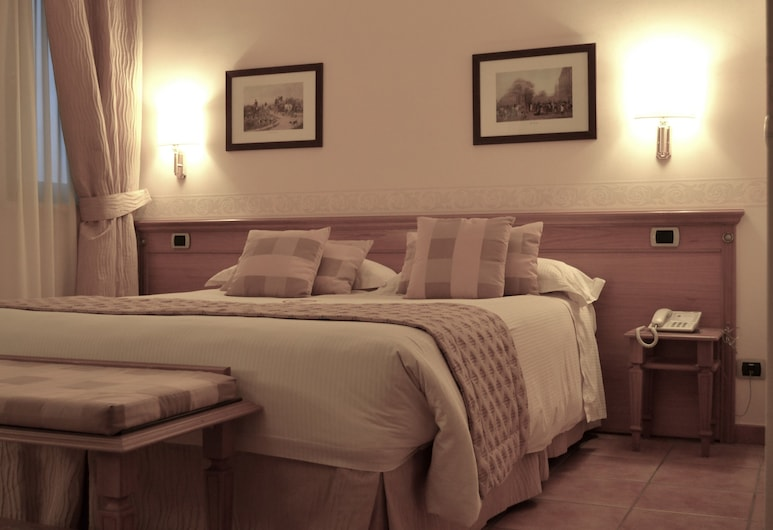 Hotel Seccy, Fiumicino