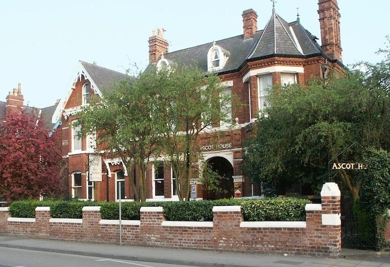 Ascot House, Γιόρκ