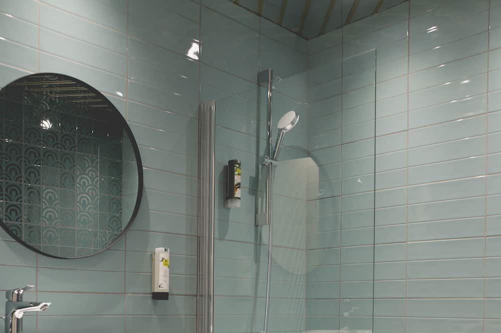 Classic-Doppel- oder -Zweibettzimmer - Badezimmer