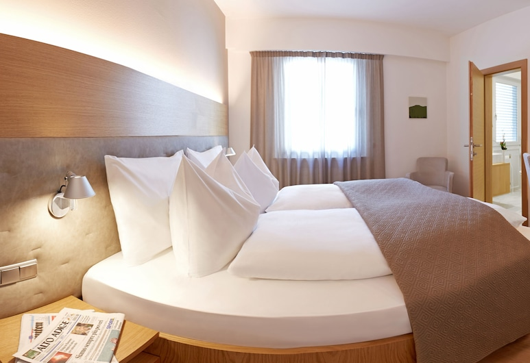 Hotel Post Gries, Bolzano, Double Room, Guest Room