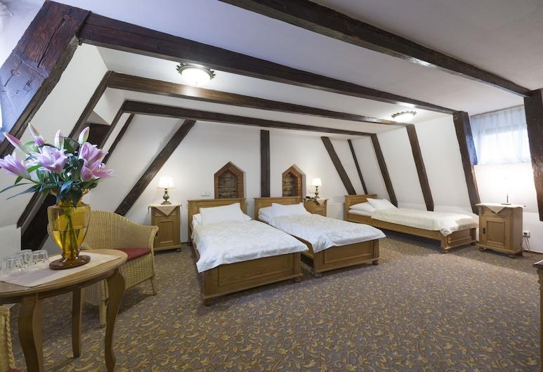 ホテル ツェルニー スロン, プラハ, トリプルルーム, 部屋