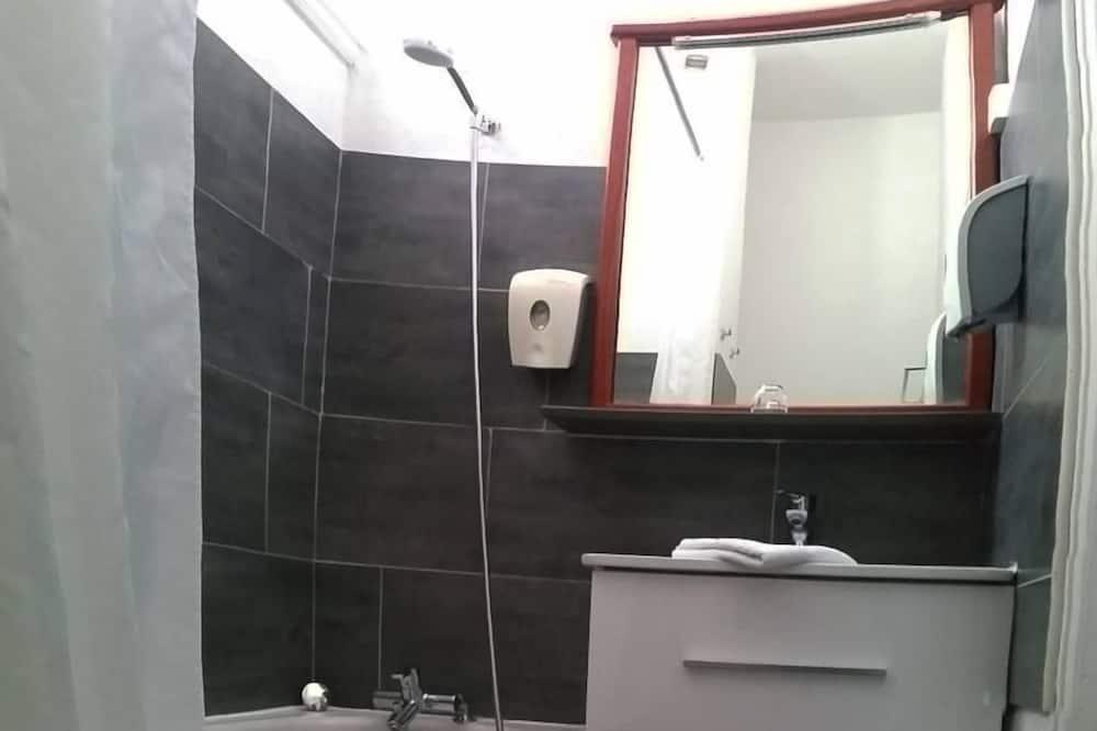 Superior Room (1 or 2 persons) - Bathroom