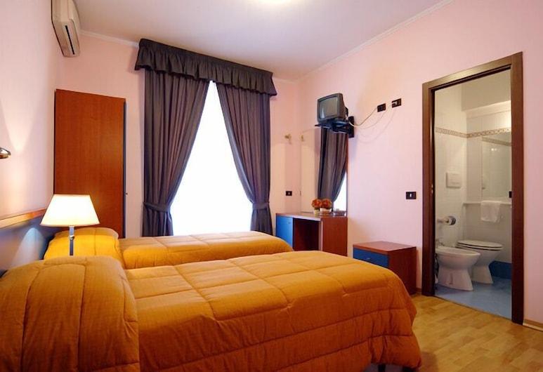 節日快樂酒店, 羅馬, 三人房, 客房