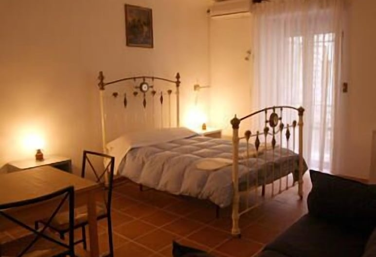 Vatican Rooms Guest House, Rome, Guest Room