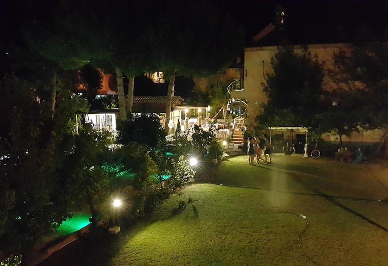 Mursel Pansiyon Garden Hotel, Kusadasi, Áreas del establecimiento