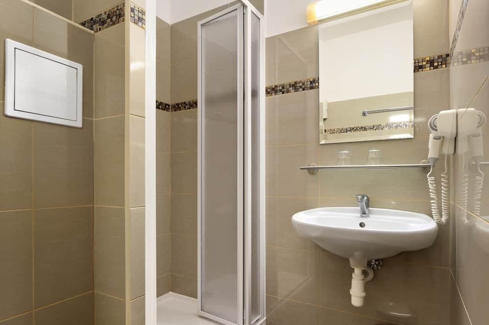 Rodinný pokoj (Quintuple) - Koupelna