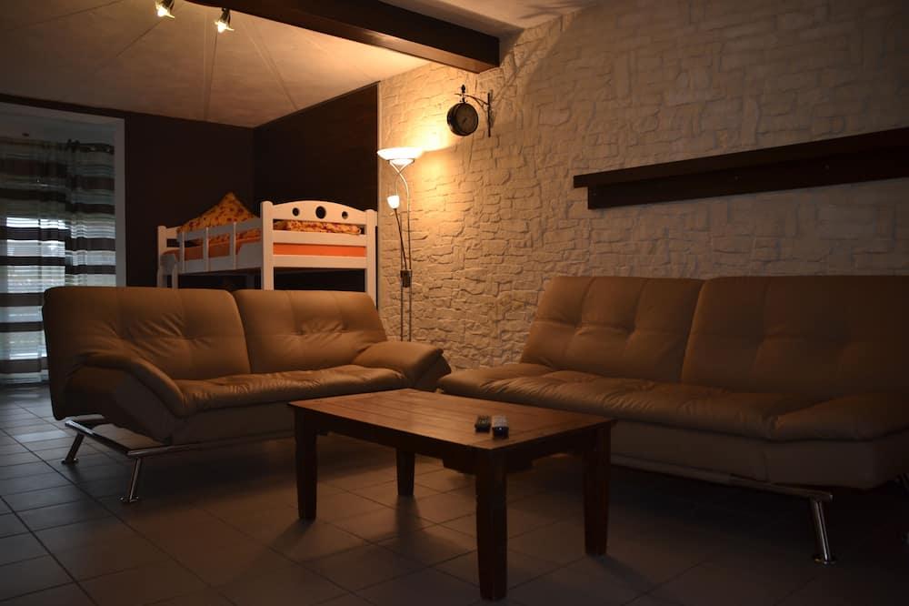 Apartamentai su pagrindiniais patogumais, 2 miegamieji, Nerūkantiesiems - Svetainės zona