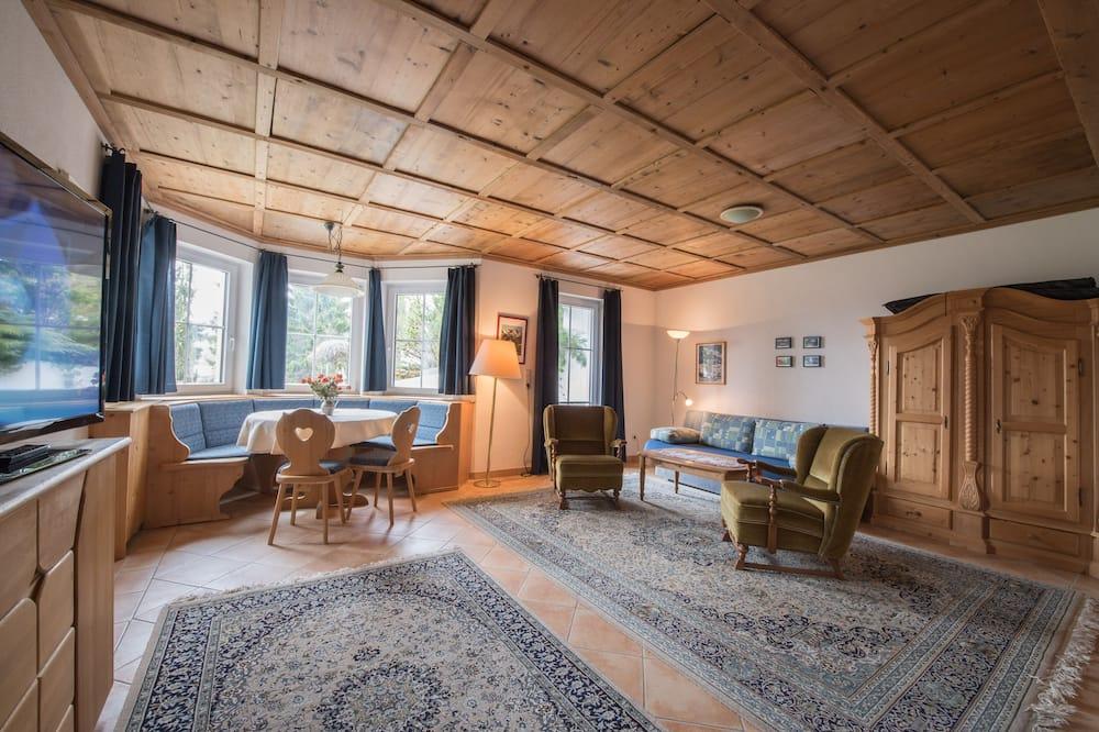 Luxe appartement, 1 slaapkamer, Balkon, uitzicht op bergen (Included: Cleaning Fee 75.00 EUR) - Woonruimte