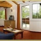 Family Apartment, 1 Bedroom, Balcony, Mountain View (Not Included: Cleaning Fee 70.00 EUR) - Living Area