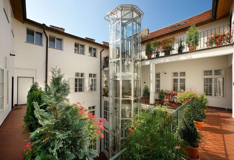 Hotel Salvator, Praga, Terraço/pátio