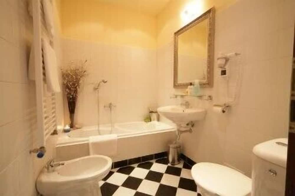 Comfort Double Room Single Use, 1 Double Bed - Bathroom