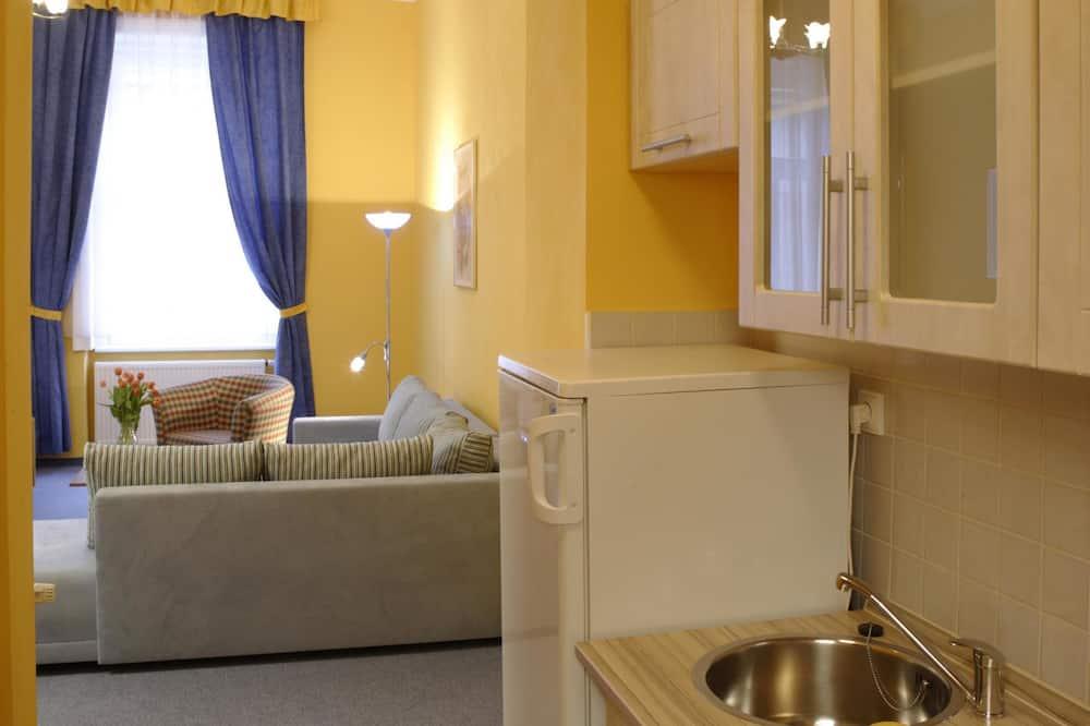 Apartment, 1 Bedroom - In-Room Kitchenette