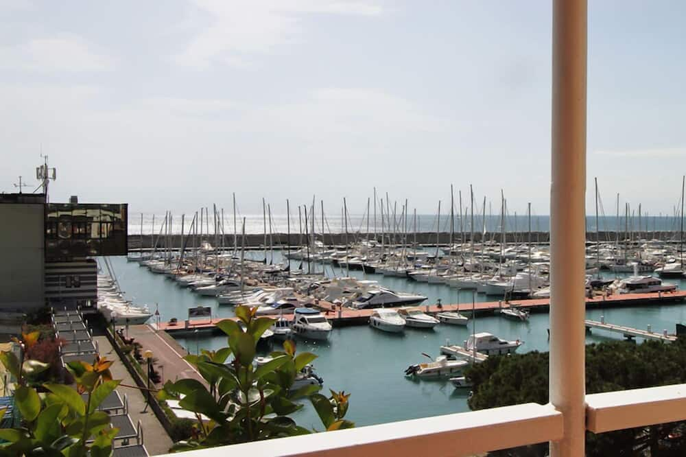 Superior Double Room, Balcony - Water view