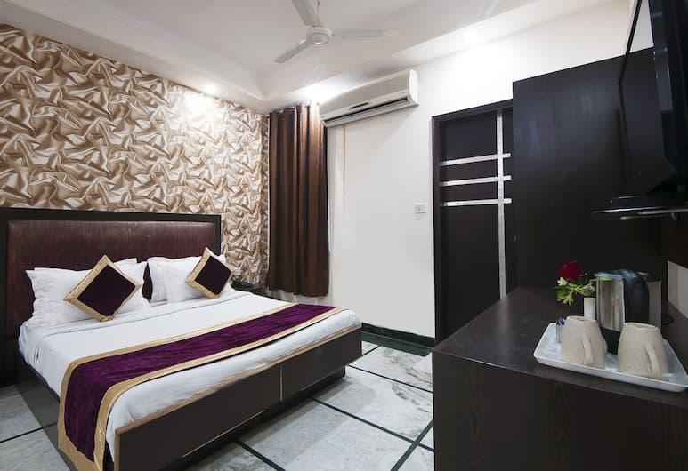 Hotel Apra Inn, New Delhi, Familiekamer, Uitzicht vanaf kamer