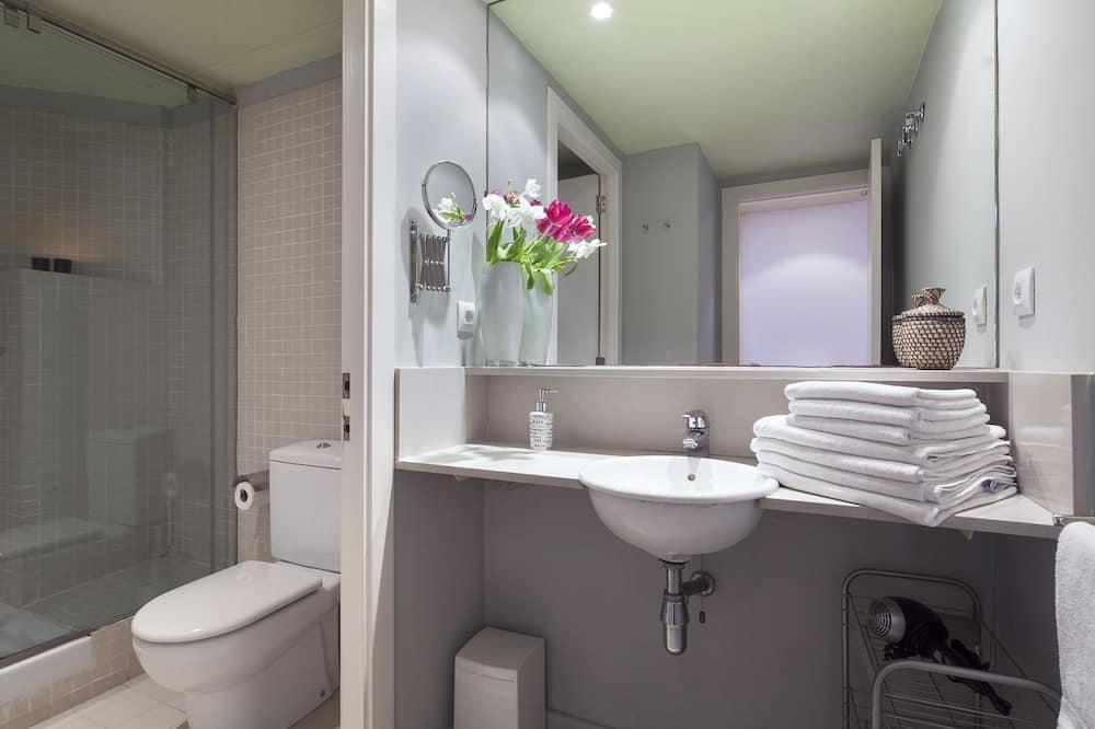 Lägenhet Standard - 2 sovrum - Badrum
