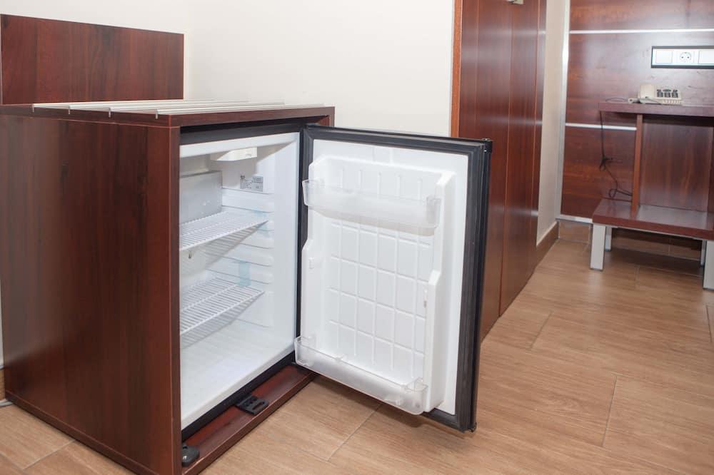 Quadruple Room - Mini Refrigerator