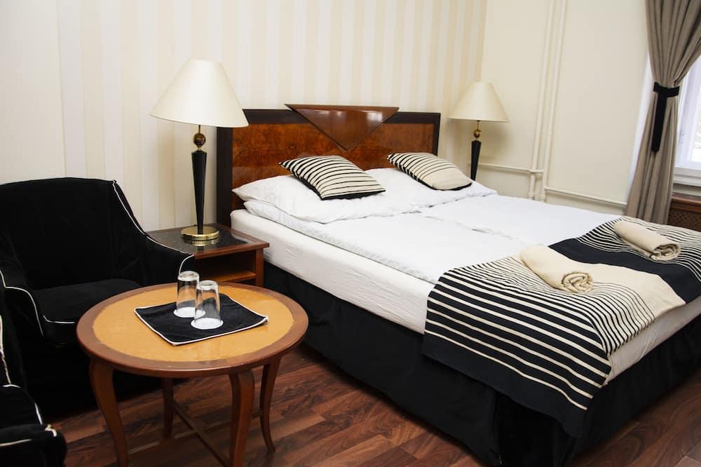Pokój dwuosobowy (pobyt 1 osoby) - Zdjęcie opisywane