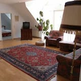 Single Room - Living Room