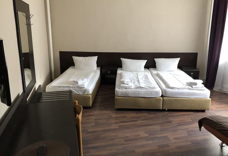 Hotel-Pension Reiter, Berlin, Economy-Dreibettzimmer, Gemeinschaftsbad, Zimmer