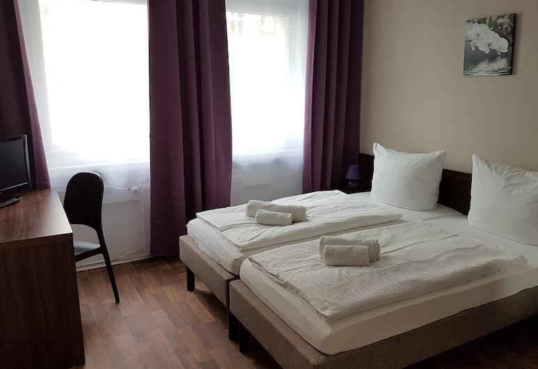 Hotel-Pension Reiter, Berlín, Habitación económica con 1 cama matrimonial o 2 individuales, baño compartido, Habitación