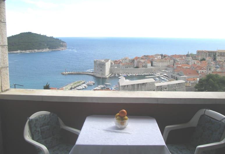 Apartment & Rooms House with Garden, Dubrovnik, Dobbeltrom – economy, 1 soverom, delt bad, utsikt mot sjø, Balkong