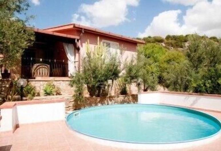 Villa Angela, Sciacca, Āra baseins