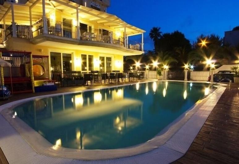 Hotel Mocambo, San Benedetto del Tronto, Outdoor Pool