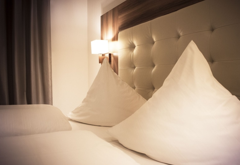Hotel Ehranger Hof, Trier, Standard Double Room, Guest Room