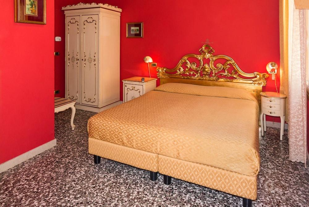 卡貝拉酒店, Venice