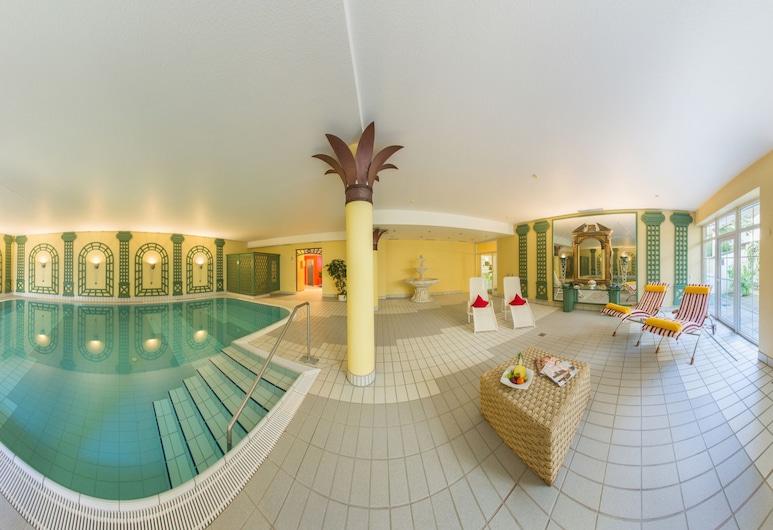 拜仁之角酒店, 巴特沃里斯霍芬, 游泳池
