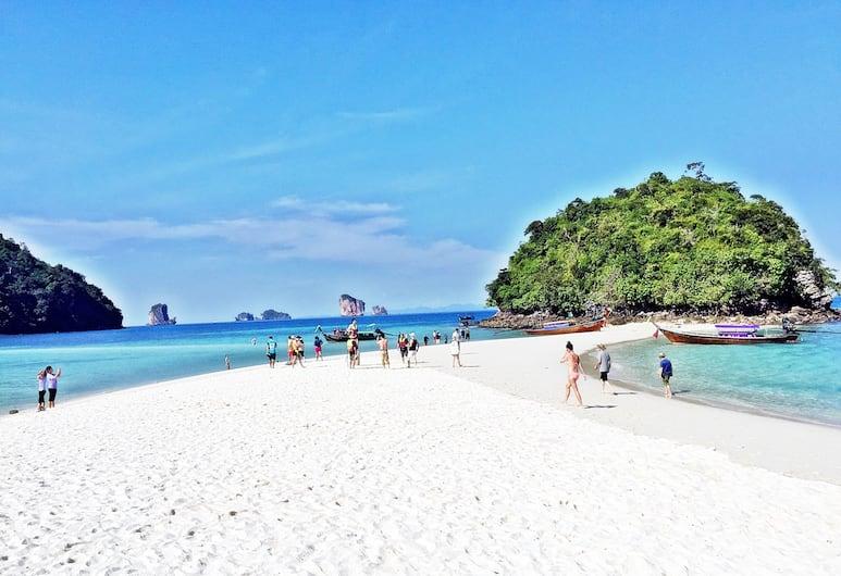 Diamond Cave Resort, Krabi, Strand