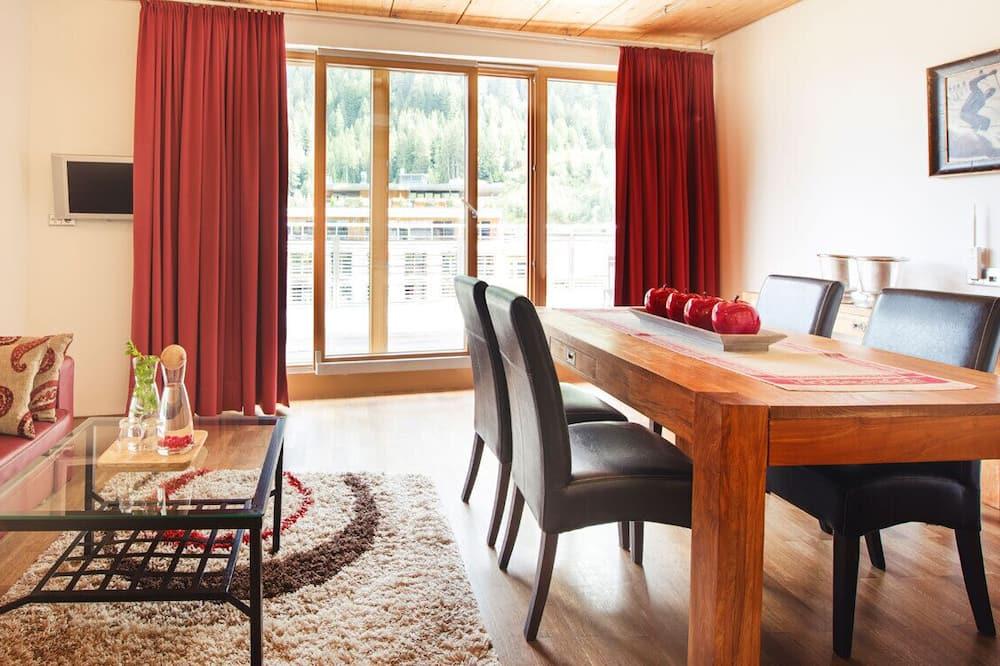 Люкс, балкон, вид на горы (Galzig) - Зона гостиной