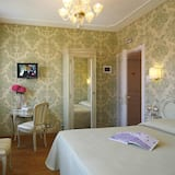 Deluxe Double Room with Canal View  - Guest Room