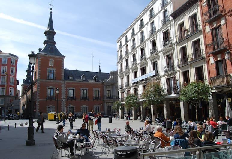 La Perla Asturiana Hostal, Madrid, Restaurante al aire libre
