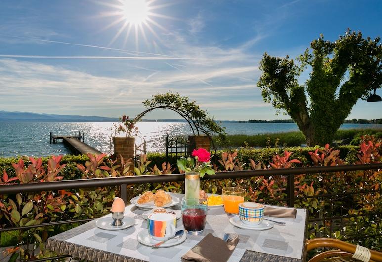 Hotel Europa, Sirmione, Restaurante al aire libre
