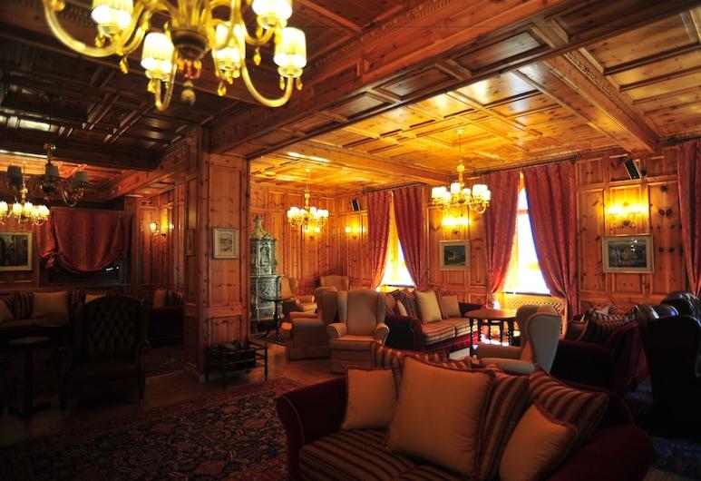 San Lorenzo, Bormio, Salón en el lobby