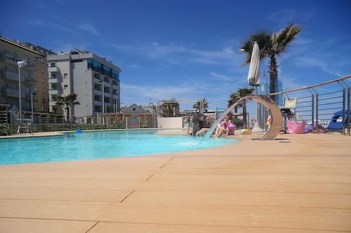 海军队长酒店/