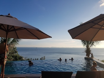 Enter your dates to get the best Koh Phangan hotel deal
