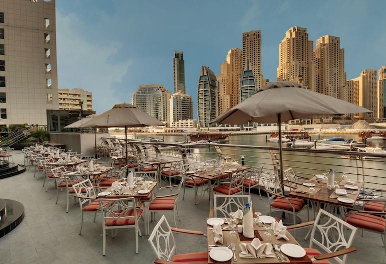Signature Hotel Apartments & Spa, Dubai, Outdoor Dining