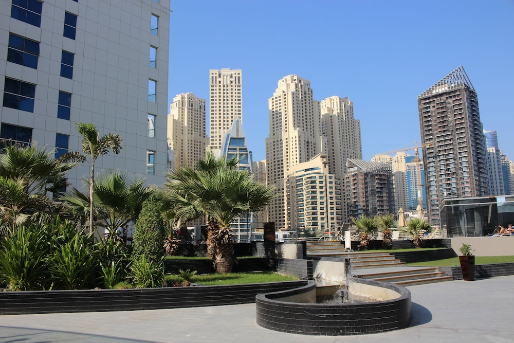 Lotus Hotel Apartments Spa Marina Dubai City View
