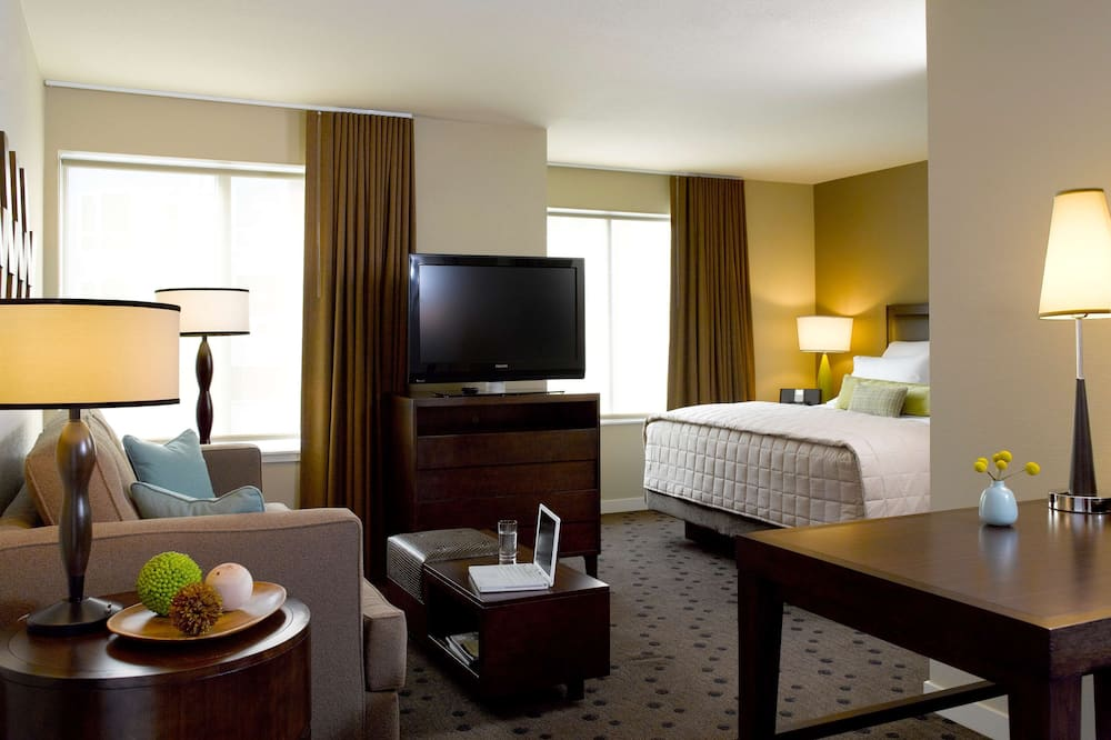 Студія-делюкс, 1 ліжко «кінг-сайз» та розкладний диван - Номер