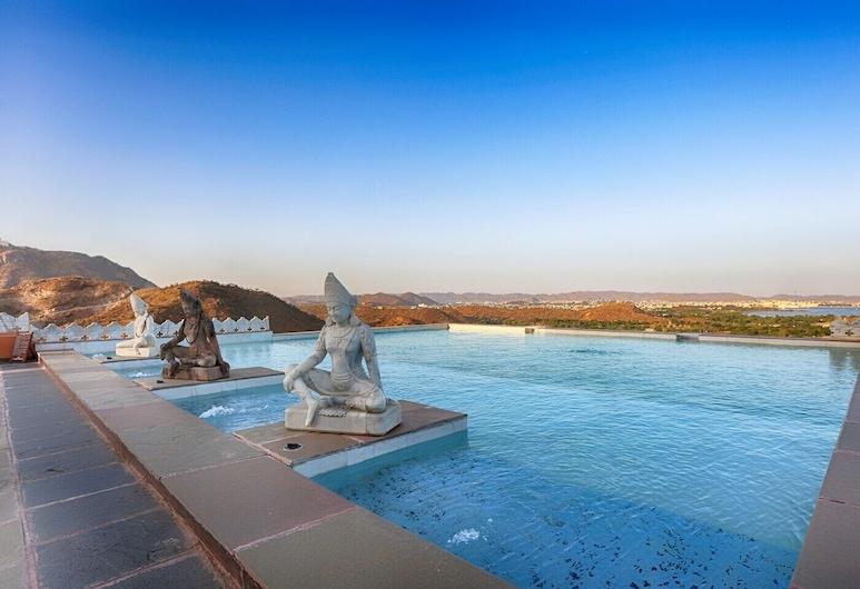 Fateh Garh, Udaipur, Infinity Pool