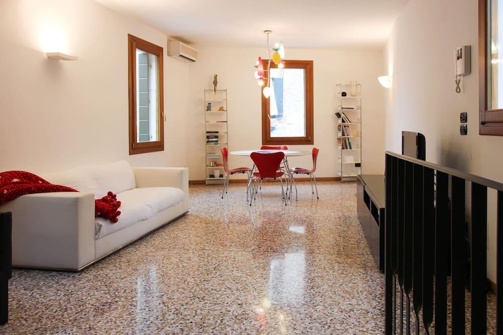 Appartement Standard, 2 chambres (5 People) - Salle de séjour