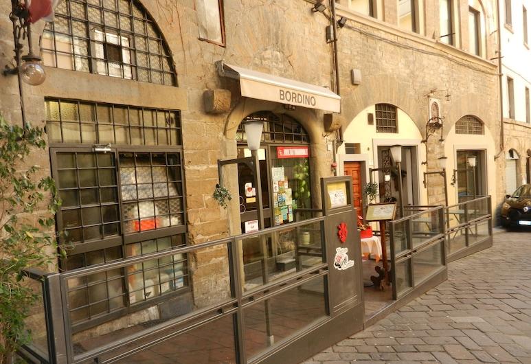 Promenade, Florence, Restaurant