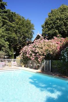 Introduce sus fechas y vea precios de hoteles última hora en Saint-Rémy-de-Provence
