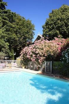 Picture of Hostellerie Le Chalet Fleuri in St.-Remy-de-Provence