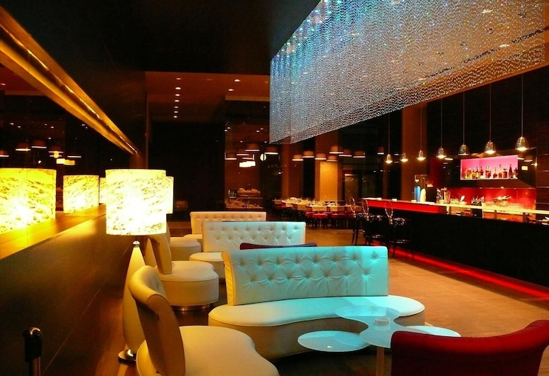 Golden Tulip Ana Dome, Cluj-Napoca, Bar del hotel